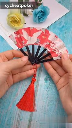 Diy Origami - Paper Fan - Basteln mit papier origami - You are in the right place about handcrafted gifts Here we offer you the most beautiful pictures a - Diy Crafts Hacks, Diy Crafts For Gifts, Crafts For Kids, Kids Diy, Handmade Crafts, Diys, Cool Paper Crafts, Paper Crafts Origami, Toilet Paper Crafts