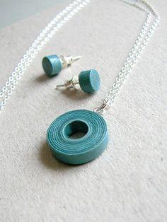 recycled newspaper jewellery set | BLURECO