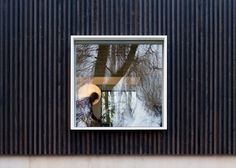 Image 4 of 26 from gallery of Huize Looveld / Studio Puisto Architects + Bas van Bolderen Architectuur. Photograph by Marc Goodwin Wood Architecture, Architecture Details, Green Building, Building A House, Wooden Facade, Timber Ceiling, Small Modern Home, Modern Homes, Window Detail
