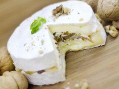 camembert, noix, sirop d'érable, poire, beurre, crème épaisse
