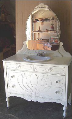 vintage bathroom vanity collection.   This would be too cute for a little girls bathroom!!