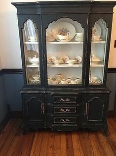 Vintage Bassett Cherry China Cabinet French Provincial Chalk Paint Black and Whi China Hutch Makeover, China Cabinet Redo, Antique China Cabinets, Painted China Cabinets, Painted Hutch, Cabinet Decor, Painted Furniture, Black China Cabinets, China Cabinet Display