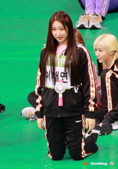 "🍊𝐜𝐡𝐞𝐜𝐤𝐢𝐧𝐠 🍑 on Twitter: ""190812 아육대 HQ 🥰 #Chaeyeon #leechaeyeon #이채연 #チェヨン #IZONE… "" Nanami, Almost Always, My Baby Girl, Nct Dream, Nerdy, Thats Not My, Honda, Shit Happens, Pinterest Board"