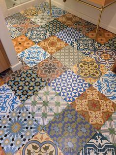 Antiques Delicious Antique Victorian Hall Floor Encaustic Triangle Tiles 172