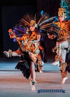 byu living legends aztec dance costume nauvoo summer shows at outdoor stage  | tom simpson nauvoo photographer