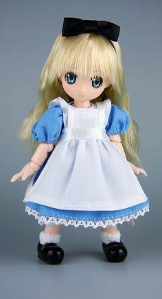 オビツ製作所様【応募作品全体についての総評】いろんな人形が見れて楽しかったです。(http://www.obitsu.co.jp/)