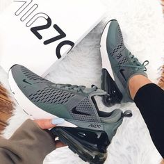 Nike Air Max 270 shoes in army green and white. Stylish sneakers for Cool green Nike shoes. Nike Air Max 270 shoes in army green and white. Stylish sneakers for Cool green Nike shoes. Moda Sneakers, Nike Sneakers, Sneakers Fashion, Nike Fashion, Preppy Fashion, Fashion Outfits, Fashion Sandals, Classy Fashion, Air Max Sneakers