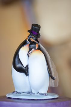 penguin cake topper.  This is perfect, where was this when I got married?!  I know I was looking for it.