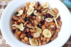 blueberry almond tailmix