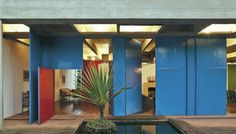 Paulo Mendes da Rocha inspired by the tradittional countryside brazilian doors