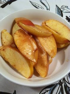Baked low calorie apple dessert: 1 Pink Lady Apple (these are naturally sweet but you can use the apple of your choice) 1 tablespoon vegan butter 1 Splenda packet 5 sprinkles of cinnamon Oven preheated to 350 degrees