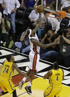 Winning Basket for LBJ - MIA vs IND Game 1 - East Finals Lebron James Miami Heat, King Lebron James, Small Forward, Cleveland Cavs, Indiana Pacers, Nba Playoffs, San Antonio Spurs, Nba Basketball, Sports News