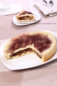 CROSTATA TIRAMISU Lo sappiamo! Questa torta è un delitto perchè accomuna la golosità del tiramisù alla dolcezza della pasta frolla, insomma con questa torta ne fatedue in un colpo solo!!! A parte gli scherzi, come si può immaginare, è davvero squisita! #crostata #tiramisù #torta #caffè #hosemprefame