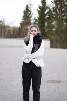 Come say hi at charlottesjusdal.com for more fashion and beauty content <3 Kristiansand, Charlotte, Turtle Neck, Content, Street Style, Winter, Sweaters, Blog, Beauty