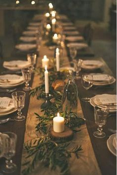 Throw the perfect holiday soiree with these tips.