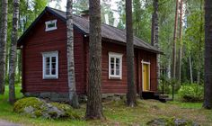 Lovely old red house in Finland. Red Houses, Old Farm Houses, Little Houses, Shed To Tiny House, House In Nature, Old Cottage, Swedish House, Cabins And Cottages, Scandinavian Home