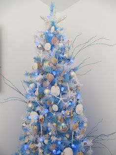 Beach Christmas tree with glittered shells!
