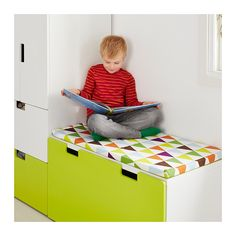 For living room? STUVA Storage bench, white, green The price reflects selected options Article Number : plus VISSLA Bench pad - IKEA Ikea Kids Playroom, Loft Playroom, Playroom Bench, Ikea Stuva, Kallax, Toddler Room Organization, Home Organization, Banquette Ikea, Banco Ikea