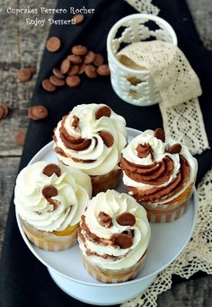 Recipes for muffins & cupcakes, sweet and savoury Romanian Food, Ferrero Rocher, Cake Videos, Molecular Gastronomy, Sweet Cakes, Plated Desserts, Food Plating, Cheesecake, Food And Drink