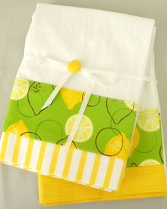 Kitchen towels with lemon and lime cotton by SeamlessExpressions