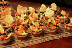 Baby Shower Food For Girl Appetizers Layer Dip 40 Ideas Cheap Appetizers, Mexican Fiesta Party, Fiesta Dip, Baby Shower Food For Girl, Fiesta Decorations, Layer Dip, Baby Finger Foods, Breakfast At Tiffanys, Clean Eating Snacks