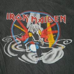 The last recording with Paul Di'Anno, as he was fired on this tour. Vintage Band Tees, Vintage Shirts, Iron Maiden T Shirt, Number Of The Beast, Old Shirts, Vintage Iron, T Shirt Photo, Tour T Shirts, Art Music