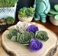 Felt succulents tutorial for all your rustic centerpieces and bouquets as seen… Handmade Flowers, Diy Flowers, Fabric Flowers, Wedding Flowers, Felted Flowers, Bouquet Wedding, Blue Flowers, Felt Flowers Patterns, Felt Crafts Patterns
