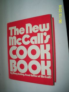 McCalls Cookbook First Edition Blue Cover 1963 Hardcover Illustrated Clean