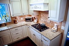 rubble tile and dal tile backsplash mohawk hickory vintage floor