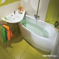 Werder Bremen coloured tiny bathroom :)