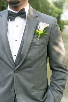 grey white and black simple and classic look for groom captured by Dana Cubbage Wedding Photography http://www.danacubbageweddings.com/