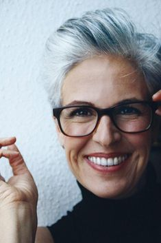 Gray Wigs Lace Frontal Wigs oil for reversing grey hair – roywigs Grey Hair Over 50, Short Grey Hair, Short Hair Cuts, Short Hair Styles, Gray Hair, Short Silver Hair, Grey Hair Styles For Women, Grey Hair And Glasses, Hairstyles With Glasses