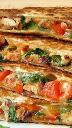 Easy Chicken Quesadillas - Yummy Addiction - Easy Chicken Quesadillas… Try with spinach! Best Picture For clean eating recipes For Your Tast - Mexican Dishes, Mexican Food Recipes, Dinner Recipes, Ethnic Recipes, Italian Recipes, Breakfast Recipes, Chicken Quesadillas, Chicken Quesadilla Recipes, Spinach Quesadilla