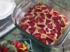 50 Strawberry Desserts to Celebrate Summer | Food Network Canada 50 Strawberry Desserts to Celebrate Summer | Food Network Canada<br> From classic strawberry shortcake to strawberry-rhubarb pie and sorbets, it's time to go strawberry picking so you can make every one of these mouth-watering dessert recipes this summer. Delicious Desserts, Dessert Recipes, Yummy Food, Fruit Recipes, Cheesecake Recipes, Food Network Recipes, Cooking Recipes, Dairy Recipes, Nancy Fuller