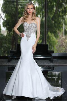 Simone Carvalli wedding dress style 90211 #strapless #sweetheartneckline #naturalwaist