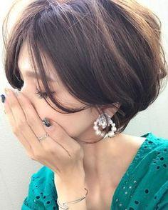 いいね!3,415件、コメント44件 ― Yuriさん(@yuricookie)のInstagramアカウント: 「・ 髪が伸びてきた もう切りに行きたい✂︎ ・ ・ earring/ @m_handmade.mignon キラン✨と大人っぽいイヤリング♡ こんな感じ大好き❤️ ・ ・ watch/…」
