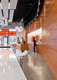dpHUE Concept Store / Julie Snow Architects