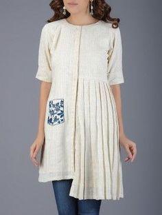 Ivory Pleated Handwoven Khadi Tunic with Embroidered Pocket Simple Kurta Designs, New Kurti Designs, Tunic Designs, Kurta Designs Women, Kurti Designs Party Wear, Stylish Dresses, Casual Dresses, Khadi, Kurti Patterns