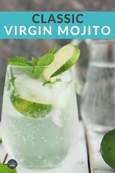 Virgin Mojito Recipe (Mojito Mocktail) A simple and tasty recipe for Classic Virgin Mojitos. A refreshing mix of lime, mint, and honey simple syrup, these mojito cocktails are perfect for parties or a quiet afternoon. Virgin Cocktail Recipes, Virgin Cocktails, Non Alcoholic Mojito, Mojito Mocktail, Non Alcoholic Drinks With Mint, Virgin Mojito, Strawberry Mojito, Mint Mojito, Fun Drinks