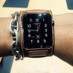 $1500 Hermes belt