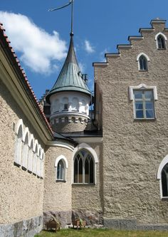 The Suitia Manor dates back to the century; it became a manor in The… Gothic Elements, Romantic Images, Medieval Castle, Old Buildings, 15th Century, Restoration, Places To Visit, Old Things, Around The Worlds