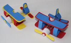 DOCES LEMBRANÇAS DA SANDRA ARTERA: Como fazer tubete avião para lembrancinha pequeno principe