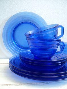 vintage cobalt blue Hazel Atlas Moderntone by valeriesvintagehome, $28.00