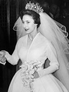 Princess Margaret, who purchased the tiara, wore the necklace and brooch forms of the tiara prior to her wedding, but it was on her wedding day that the tiara made its grand debut.