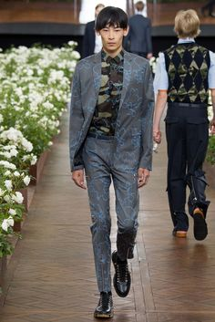 Dior Homme Printemps 2016 Menswear - Collection - Galerie - Style.com