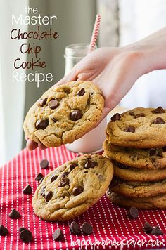The Master Chocolate Chip Cookie Recipe I finally found it - Happy Money Saver Homemade Freezer Meals Homesteading Best Chocolate Chip Cookies Recipe, Chip Cookie Recipe, Yummy Cookies, Cookie Recipes, Dessert Recipes, Chocolate Chips, Choc Chip Cookies Chewy, Chocolate Desserts, Chocolate Smoothies