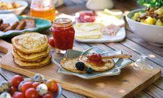 Panquecas de aveia com doce de tomate. Convocar os amigos para o lanche ou para um brunch no fim-de-semana.