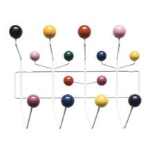 Vitra Hang it all Garderobe. So simple, so nice. Yet so expensive! (231 €)