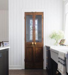 Antique French Doors, Glass French Doors, French Doors Patio, How To Antique Wood, French Antiques, Vintage Doors, Patio Doors, Kitchen Pantry Doors, Glass Pantry Door