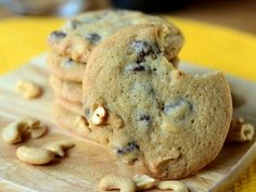 Chocolate Chip & Cashew Cookies | Baking Bites